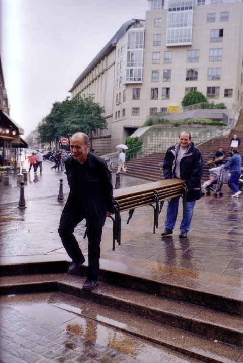 2003-06_je_01